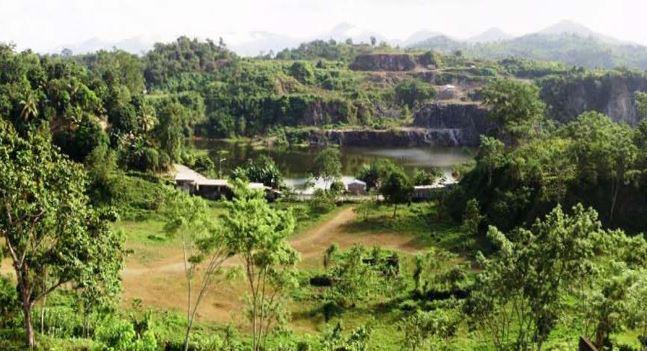 View of Cerro Potosi and the historic La Luz Mine