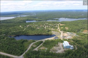 The Madsen headframe, mill, tailings facility and village 16 km from Red Lake, Ontario. Source: Pure Gold Mining Inc.